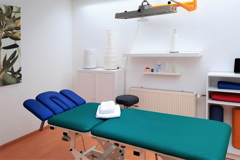 Einrichtung - MEDI-aktiv · Therapie und med. Fitness in 44309 Dortmund